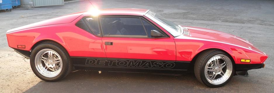 938×320 Red Car With Sunburst